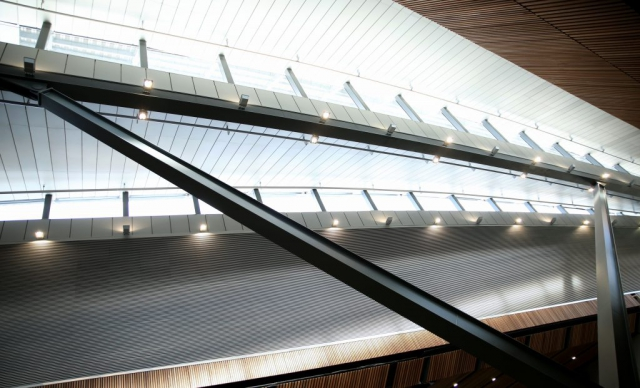 I took this shot of the Structure at the New London Bridge station. By Dpi Photography.