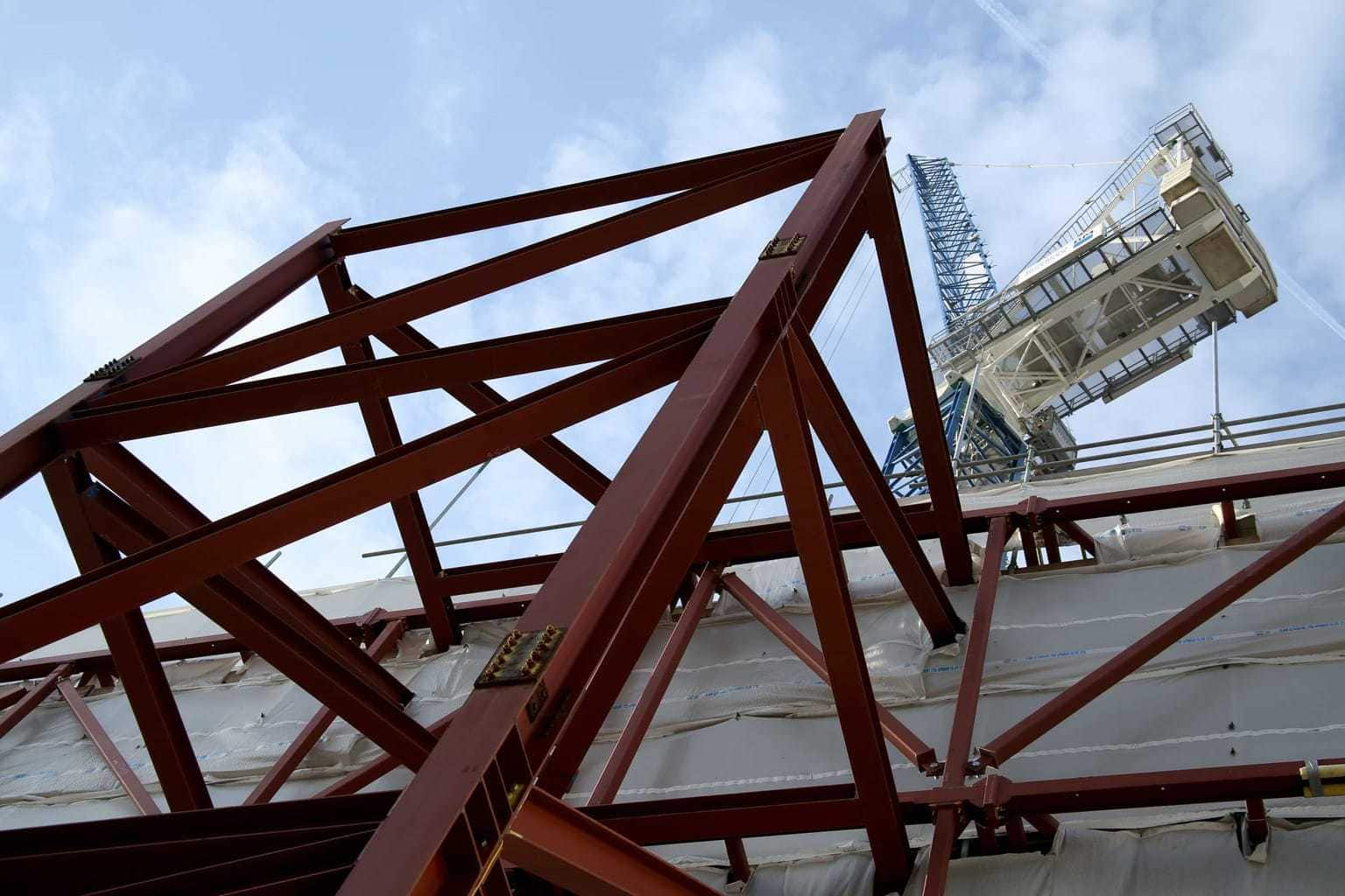I WAS COMMISION BY BROOKFIELD MULTIPLEX ONE OF THE WORLDS LARGEST CONSTRUCTION COMPANIES TO TAKE A SERIES OF IMAGES IN THE CITY OF LONDON.  By Dpi Photography.
