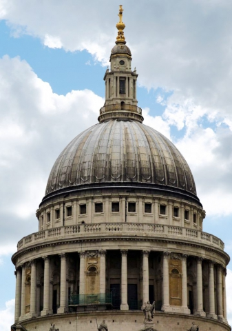 This shot was taken of St Pauls Cathedral EC4M 8AD. By Dpi Photography.